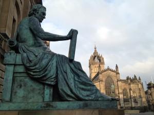 Statue of philosopher David Humes in Edinburgh. Photo: Elin Larsson