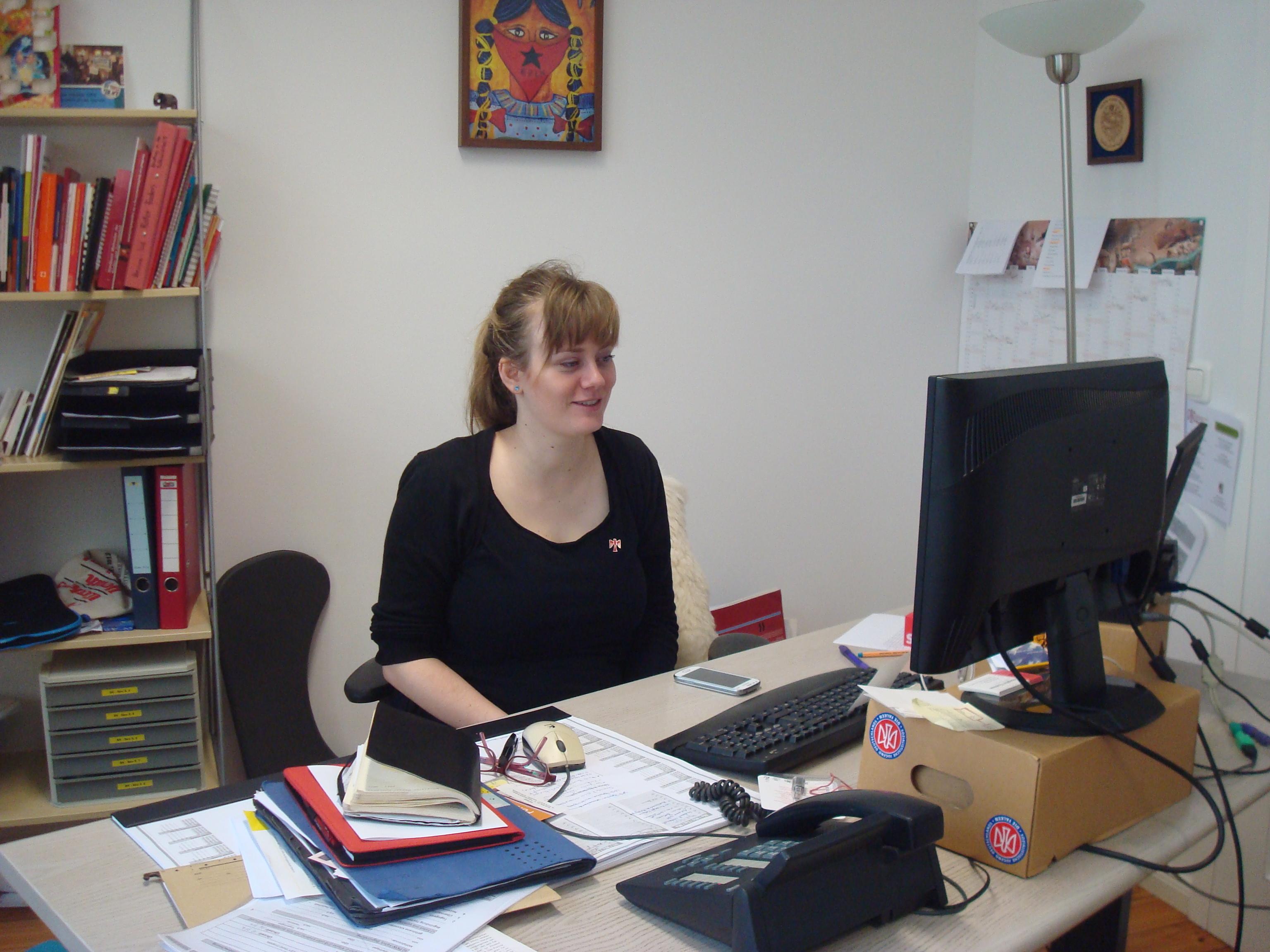 Josephine Tischner leads the young German socialist movement Die Falken based in Berlin.